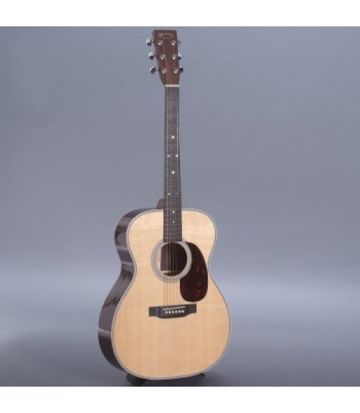 Martin 000-28H Custom Guitar with Case