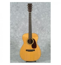 Martin 00-21 Custom Guitar & Case
