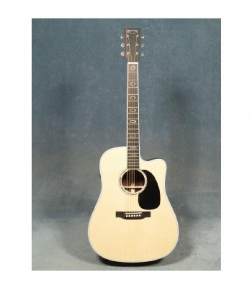 Martin DC-Aura GT Dreadnougt Cutaway Guitar