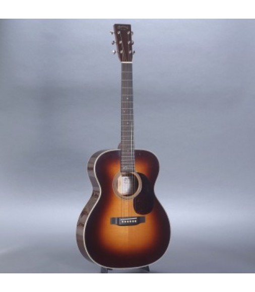 Martin 000-28EC Sunburst Eric Clapton Model with Case