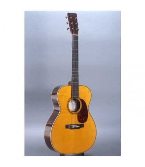 Martin 000-28EC Eric Clapton Guitar with Case