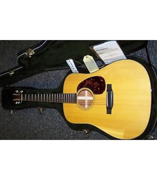 Martin D-18 acoustic guitar w/OHSC