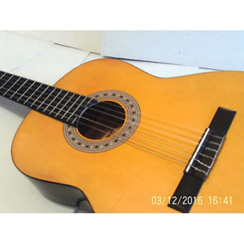 acoustic classical guitar chantry ideal for beginners or seasoned players guitars china online. Black Bedroom Furniture Sets. Home Design Ideas