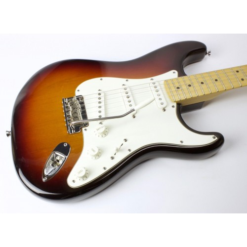 used 2009 fender american standard stratocaster sunburst w ohsc guitars china online. Black Bedroom Furniture Sets. Home Design Ideas