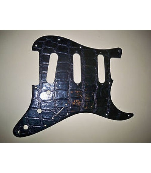 11 HOLE ALLIGATOR FAUX LEATHER PICKGUARD FOR USA/MEXICO FENDER STRATOCASTER