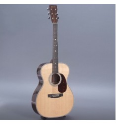 Martin 000-28H Custom Guitar with Case